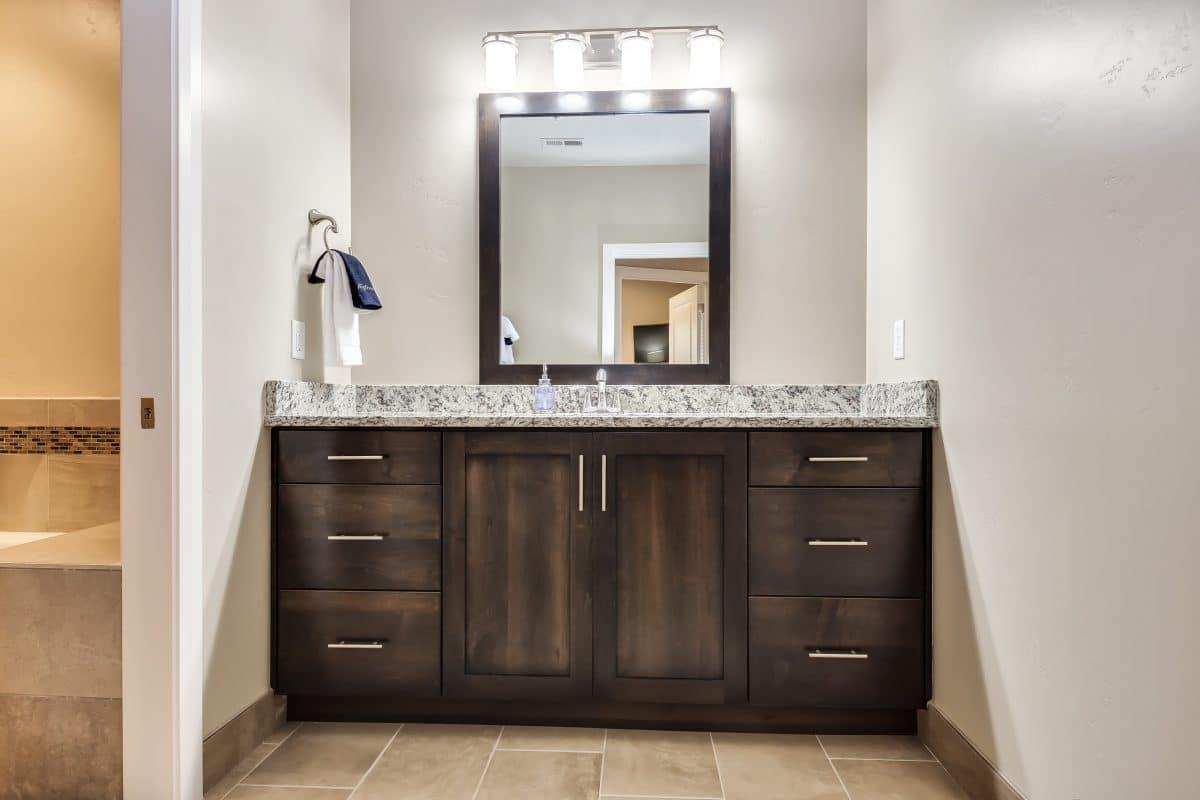 Watchman Villas Bathroom sink